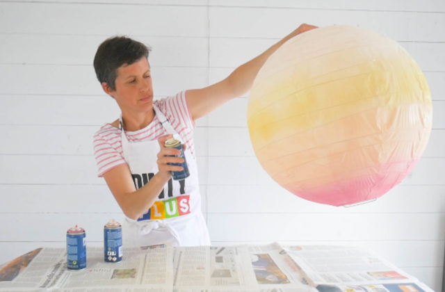 how to create an ombre effect paper lantern