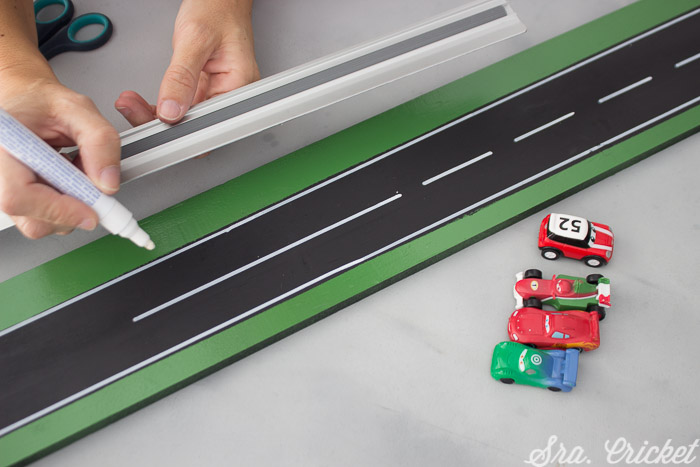 using magnetic spray paint to create a child's height chart