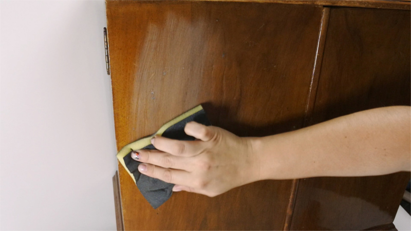 keying the surface of furniture