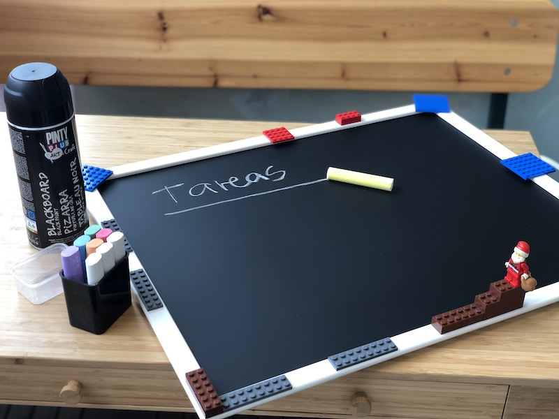 how to make a lego blackboard