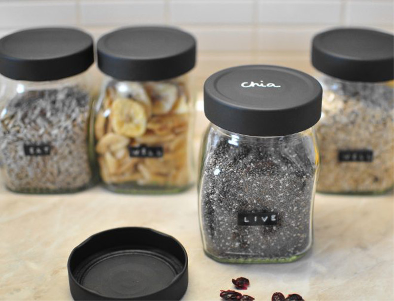 painting jars for food storage