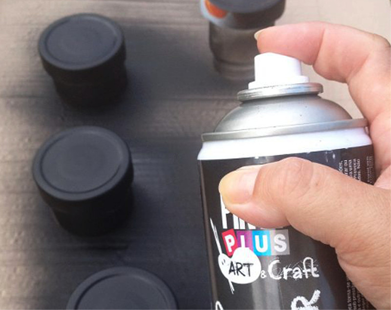 spray painting lods of jam jars