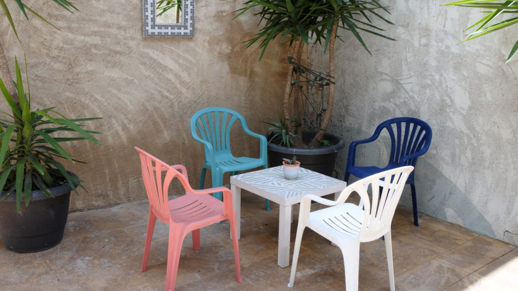 How To Paint Plastic Garden Chairs, Best Spray Paint For Metal Outdoor Furniture Uk