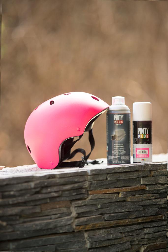how to spray paint a bike helmet